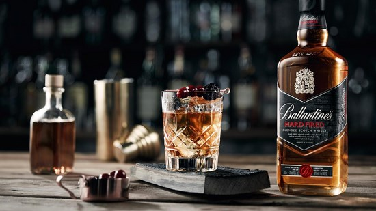Купажированный виски «Баллантайн`с»