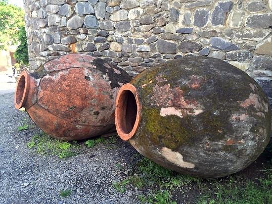 Глиняный сосуд квеври