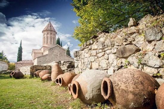 Полусладкие вина делали еще в Древней Колхиде