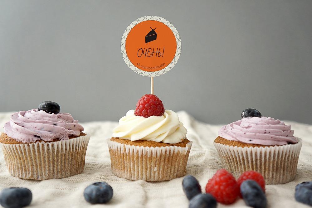 Пирожные – хороший десерт к красному вину